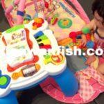 知育玩具テーブル