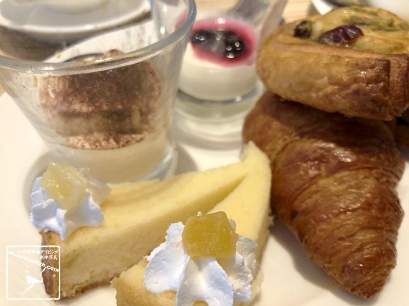 デザートはイタリアの定番「ティラミス」や「パンナコッタ」