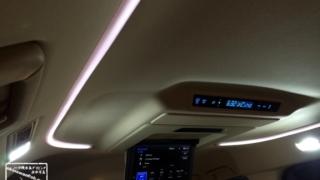 後部座席のみLED交換後の車内 30系 アルファード ヴェルファイア ルームランプ LED 交換作業